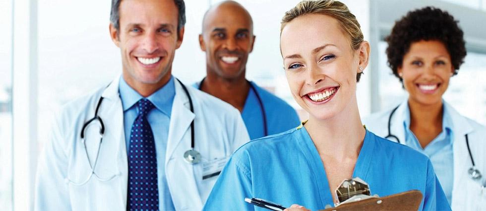 Clínica de alto padrão com profissionais especializados